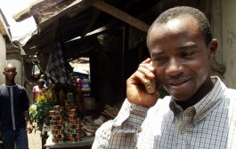 """Fintech startups are pushing to bring Nigeria's """"side hustle"""" economy online"""