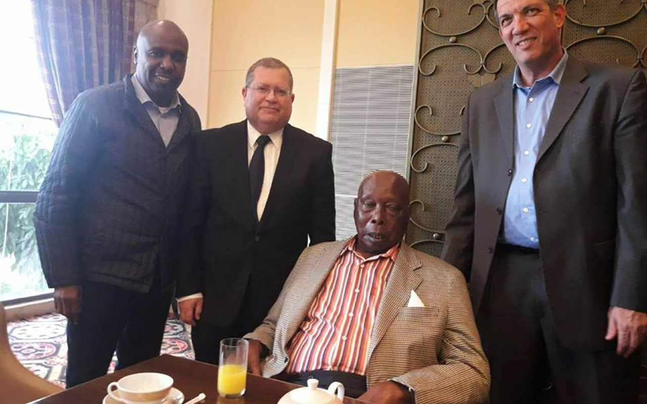 Former President Moi Returns Home After Successful Knee Surgery