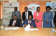 KNCCI, Karatina University Sign MOU on Cooperation