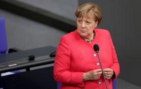 Germany bid farewell to Merkel with six minutes of warm applause